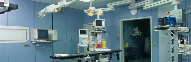 Szpitale, sale operacyjne, czyste pomieszczenia